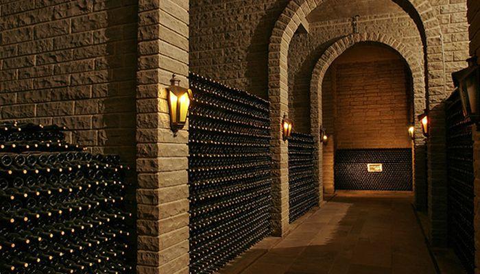 Jantar Harmonizado Exclusivo nas Caves de Vinho Tinto Casa Valduga